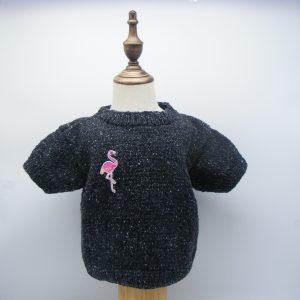 T-shirt noir avec son flamand rose