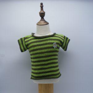 T-shirt à rayures vertes